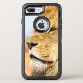 Coque Otterbox Defender Pour iPhone 7 Plus Grand lion regardant loin