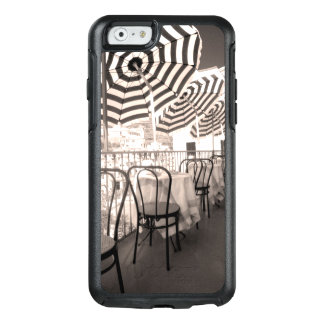 Coque OtterBox iPhone 6/6s Balcon étrange de restaurant, Italie
