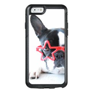 Coque OtterBox iPhone 6/6s Bouledogue français avec les verres rouges