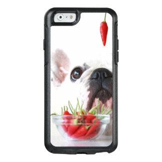 Coque OtterBox iPhone 6/6s Bouledogue français regardant un poivron rouge