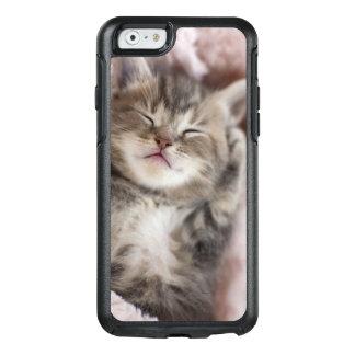 Coque OtterBox iPhone 6/6s Chaton dormant sur la serviette