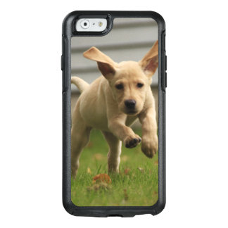 Coque OtterBox iPhone 6/6s Fonctionnement jaune de chiots de Labrador