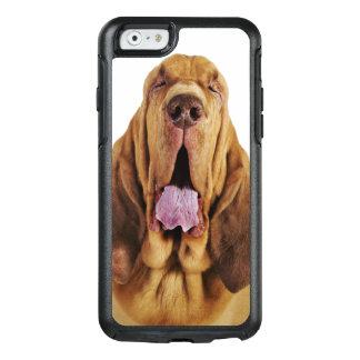 Coque OtterBox iPhone 6/6s Limier (chien de St Hubert) avec les yeux fermés