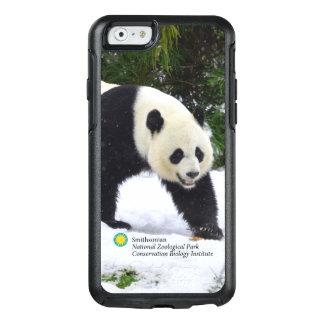 Coque OtterBox iPhone 6/6s Pandas géants de Smithsonien | dans la neige