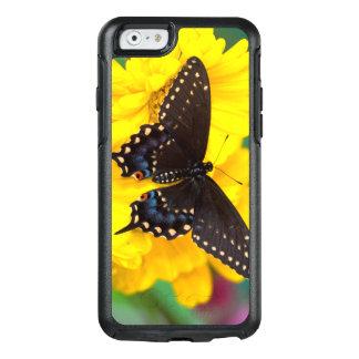 Coque OtterBox iPhone 6/6s Papillon noir de machaon