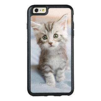 Coque OtterBox iPhone 6 Et 6s Plus Chaton de ragondin du Maine se reposant sur le lit
