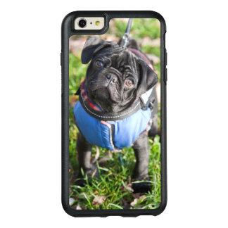Coque OtterBox iPhone 6 Et 6s Plus Chiot noir de carlin utilisant une veste