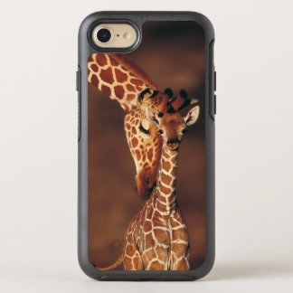 Coque OtterBox Symmetry iPhone 8/7 Girafe adulte avec le veau (camelopardalis de
