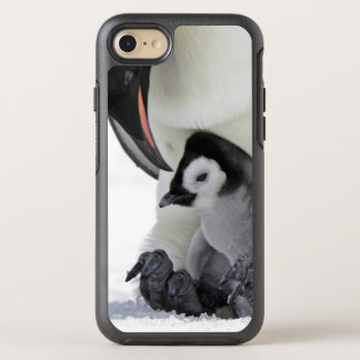 Coque OtterBox Symmetry iPhone 8/7 Pingouin d'empereur à l'île de colline de neige