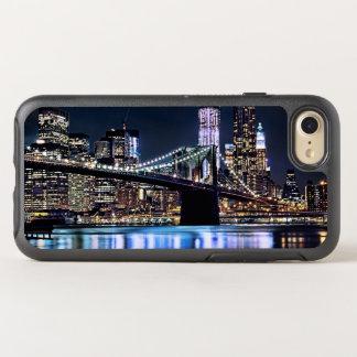 Coque OtterBox Symmetry iPhone 8/7 Vue de la réflexion de pont de Brooklyn de New