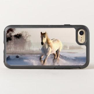 Coque Otterbox Symmetry Pour iPhone 7 Cheval blanc galopant par la neige d'hiver
