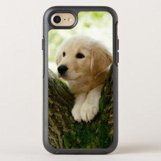 Coque Otterbox Symmetry Pour iPhone 7 Chiot de Labrador se reposant dans un arrangement