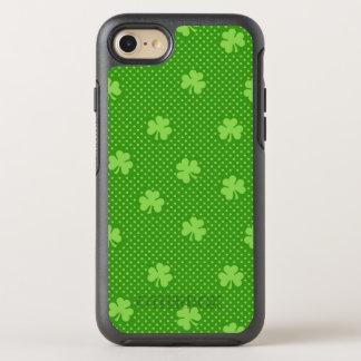 Coque Otterbox Symmetry Pour iPhone 7 Jour vert de Patricks de saint de motif de trèfle