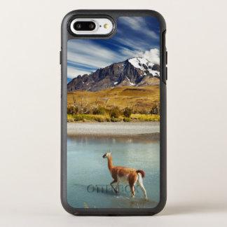Coque Otterbox Symmetry Pour iPhone 7 Plus Guanaco traversant la rivière en Torres del Paine