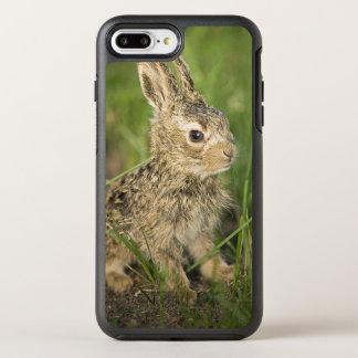 Coque Otterbox Symmetry Pour iPhone 7 Plus Lapin de bébé dans l'herbe