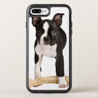 Coque Otterbox Symmetry Pour iPhone 7 Plus Terrier de Boston gardant l'os twisty