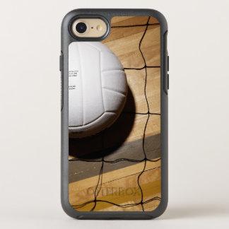 Coque Otterbox Symmetry Pour iPhone 7 Volleyball et filet sur le plancher en bois dur