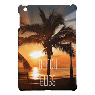 Coque Pour iPad Mini Coucher du soleil tropical et palmier de bonheur