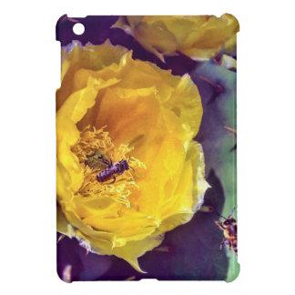 Coque Pour iPad Mini Soleil, fleurs et abeilles. Nature-Themed.