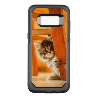 Coque Samsung Galaxy S8 Par OtterBox Commuter Kitty tenant la jambe de chaise