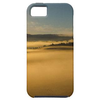 Coque Tough iPhone 5 Brouillard sur le lac Yellowstone