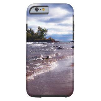 Coque Tough iPhone 6 Le lac Supérieur Shoreline