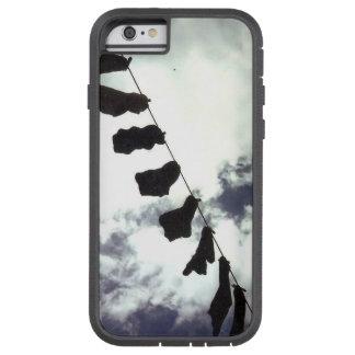 Coque Tough Xtreme iPhone 6 Chaussettes noires. Couverture de style bohème de