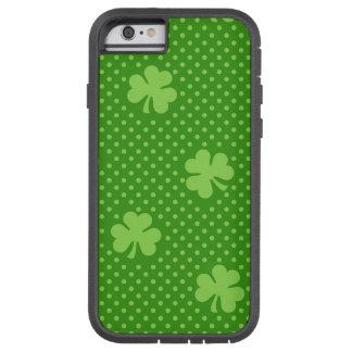 Coque Tough Xtreme iPhone 6 Jour vert de Patricks de saint de motif de trèfle
