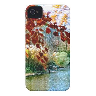 Coques Case-Mate iPhone 4 Automne coloré sur l'eau