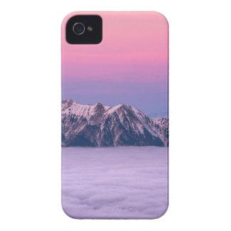 Coques Case-Mate iPhone 4 Crêtes de montagne brumeuses