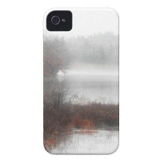 Coques Case-Mate iPhone 4 Lac brumeux un jour d'hiver