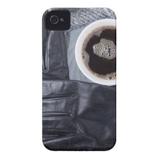 Coques Case-Mate iPhone 4 Vue supérieure d'une tasse blanche de café et de
