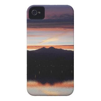 Coques iPhone 4 Case-Mate Coucher du soleil de Loveland de lac