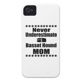 Coques iPhone 4 Case-Mate Ne sous-estimez jamais la maman de Basset Hound