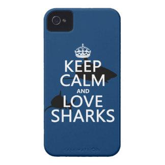 Coques iPhone 4 Gardez le calme et aimez les requins (les couleurs