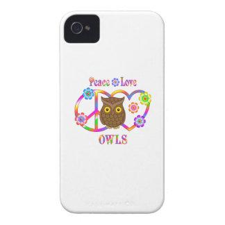 Coques iPhone 4 Hiboux d'amour de paix
