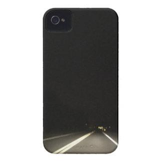 Coques iPhone 4 Routes foncées et aventures de nuit