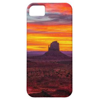 Coques iPhone 5 Case-Mate Vue pittoresque de coucher du soleil au-dessus de