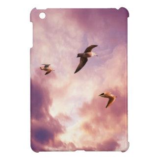 Coques Pour iPad Mini Mouettes volant dans un ciel de coucher du soleil