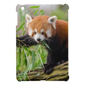 Coques Pour iPad Mini Panda rouge mangeant la feuille verte