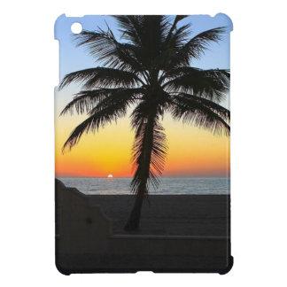 Coques Pour iPad Mini Plage de sable de ciel de palmier d'aube d'aube de