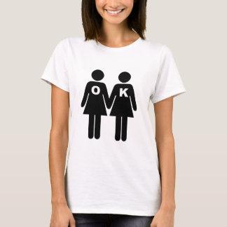 CORRECT POUR ÊTRE GAIE (lesbienne) T-shirt