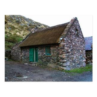 Cottage en pierre couvert de chaume, Kerry, cartes