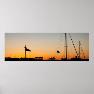 Coucher du soleil 2 de port affiches