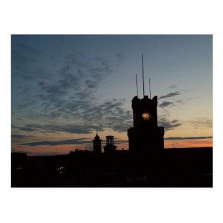 Coucher du soleil à la carte postale de Clocktower