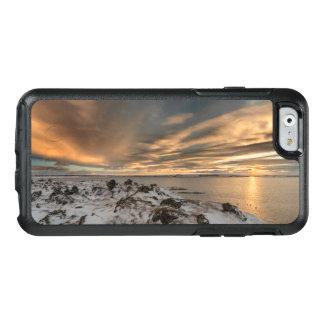 Coucher du soleil au-dessus de lac Myvatn, Islande Coque OtterBox iPhone 6/6s