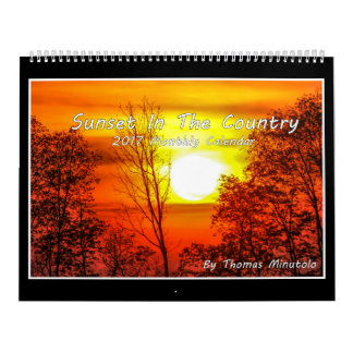 Coucher du soleil dans le calendrier du pays 2017