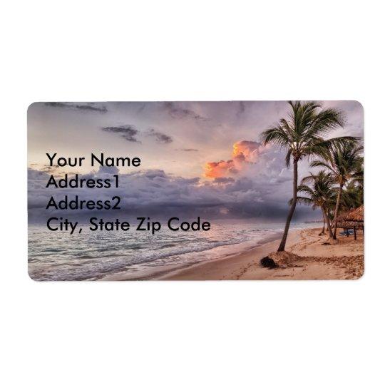 Coucher du soleil de plage sablonneuse de ressacs étiquettes d'expédition
