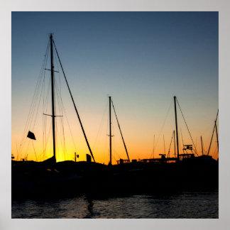 Coucher du soleil de port affiche