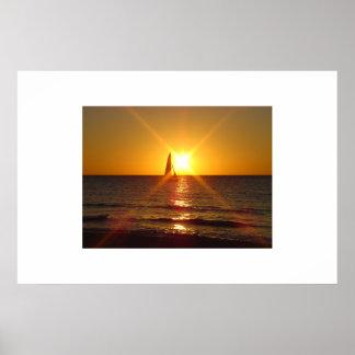 Coucher du soleil de voilier poster